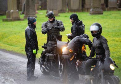 Фото нового Бэтмена — мотоцикл «бэттацикл «